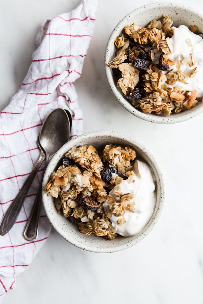 The Perfect Snack: Fig Almond Coconut Granola. Solly Baby offers the Solly Baby Wrap Carrier a functional & safe Baby Carrier. Order Customized Infant Wraps online today!