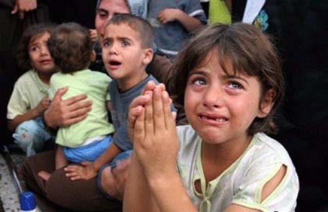 Cristãos na Síria que se recusaram a professar a fé muçulmana ou pagar resgate foram crucificados por jihadistas nesta sexta-feira (18), segundo denunciou uma freira síria à Rádio Vaticano.
