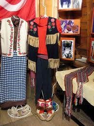 Métis clothing - men's and womens, metis sash