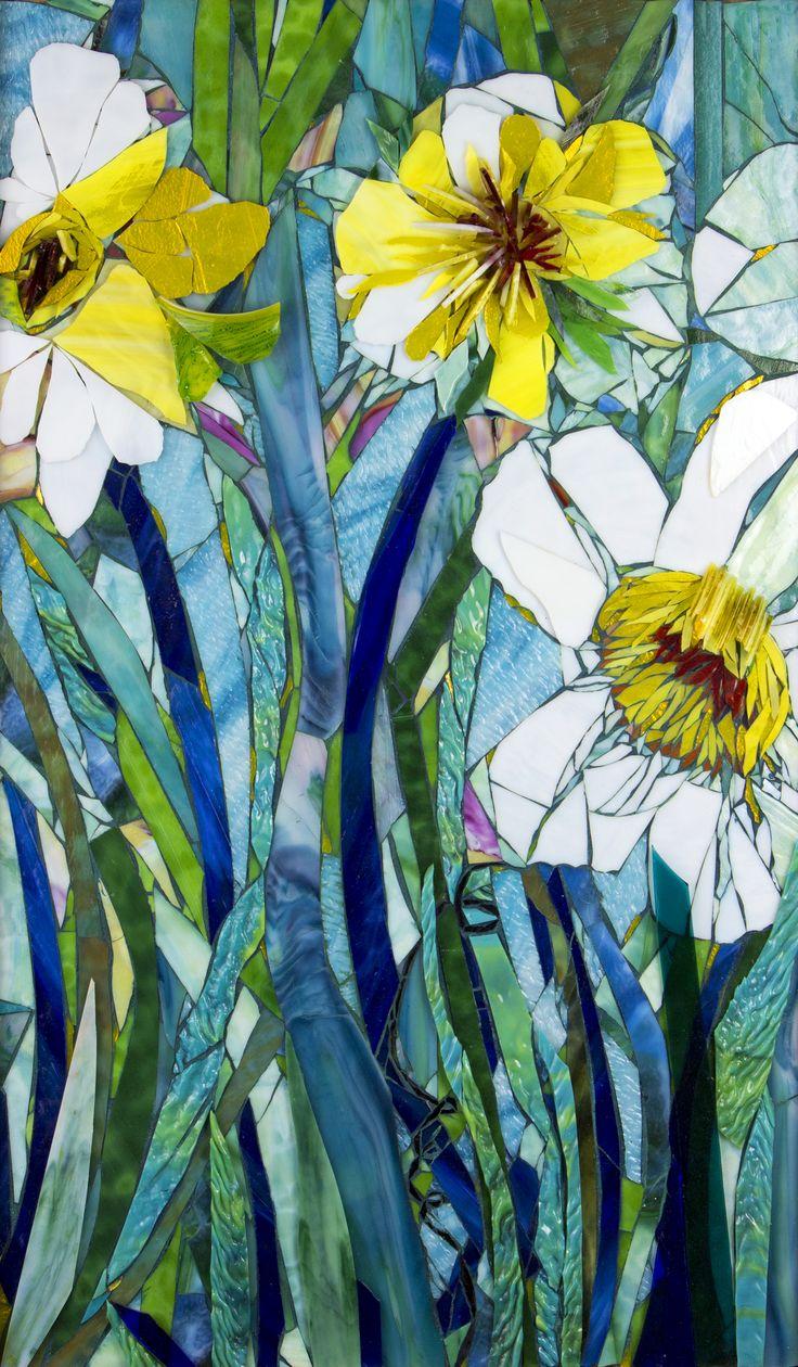 Giant Daffodils Quot Www Mosaiclove Net Beverly Thomas Jenkins Mosaic Artist Mosaic Art Glass