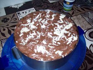 Малиново-шоколадный торт.