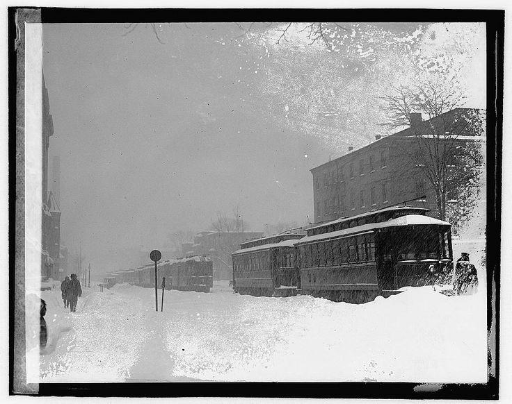 La tempesta Knickerbocker era una bufera di neve che si è verificata il 27-28gennaio del 1922, nella parte superiore del Sud e del Medio Atlantico degli Stati Uniti. La tempesta ha preso il nome d…