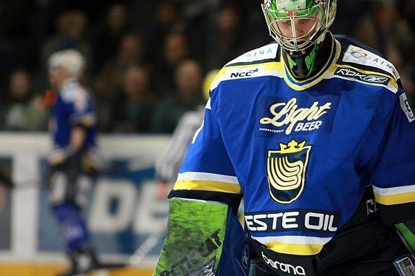 Mikko Koskinen palaa Bluesin maalia vahtimaan!