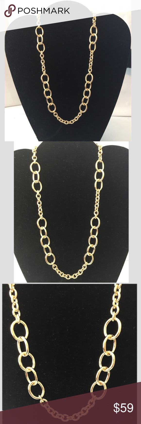 """Italian crafted Cable Link 20"""" Necklace 18K/Bronz Brand new Moda Al Massimo™ 18k Yellow Gold Over Bronze Cable Link Necklace. 20-inch chain. Measures Approximately 9/16 Of An Inch In Width And Has a Lobster Claw Clasp. Made In Italy.  Introducing a modern new approach to Italian crafted jewelry, Moda al Massimo™. Meaning ultimate fashion in Italian, Moda al Massimo™ offers both classic and traditional looks as well as couture fashion--all at an affordable price and with a luxury gold look…"""