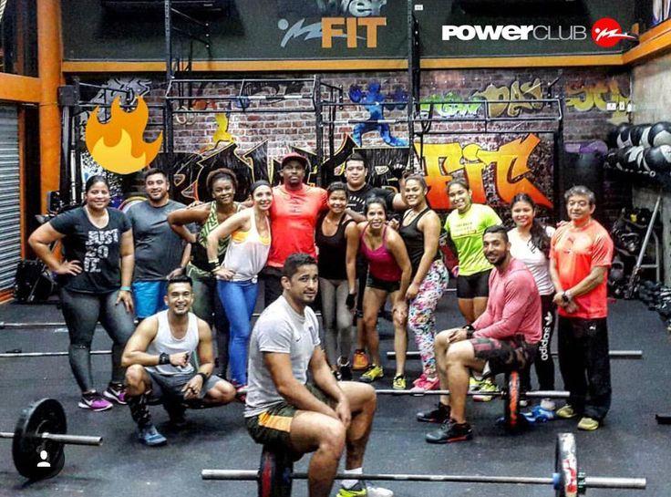 #Repost @jonjon_tucoach  @powerclubpanama #eldorado  Clase de 5:00am #YoEntrenoEnPowerClub Y Tu ? Cuantas Calorias Quemaste Hoy?  #crossfit #class #girls #happy #fun #hot #cool #friends #smile #follow4follow #like4like #instamood #family #nofilter #amazing #style #love #photooftheday #lol #workoutdone