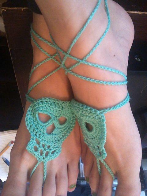 Ravelry: Day Of The Dead Skull pattern by Kristin Canganelli   ☀CQ #crochet #halloween #pumpkin #jackolantern #crafts #DIY