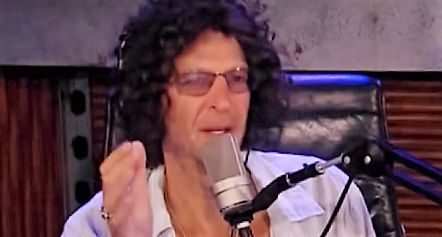 Howard Stern slaps CNN on-air for blatantly lying, contacts Donald Trump to clear up false report