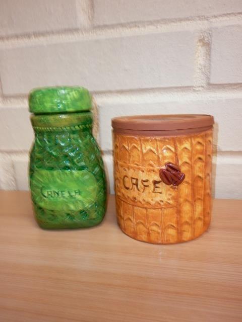 Tarros de café de lata y de vidrio ... quedan hermosos !