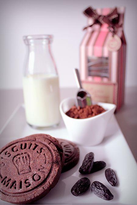 Preciously Me blog : Homemade Cookie Box