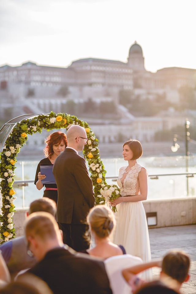 Amazing wedding ceremony from last summer on the terrace of the Budapest Marriott Hotel.