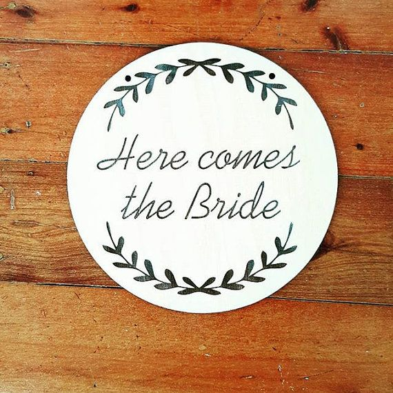 Laser engraved Here Comes The Bride plaque. The perfect accessory for your little flower girl or page boy to carry down the aisle. A wonderful accessory for a rustic wedding!