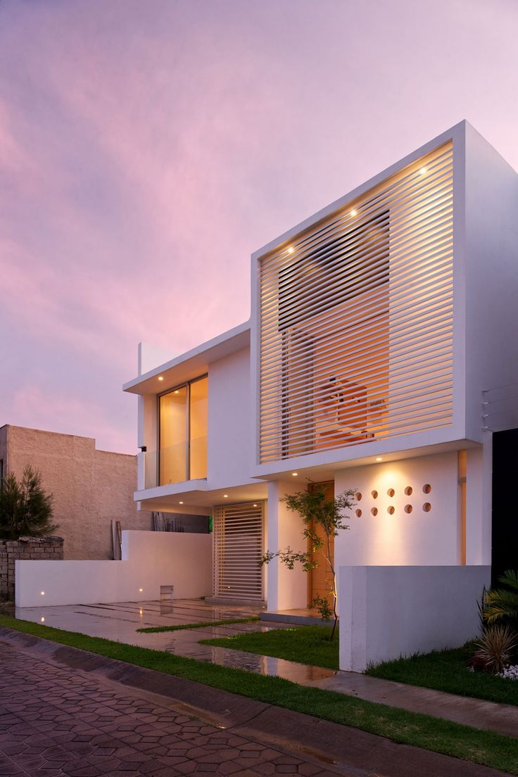 Evening View Purple Sky Architectural Minimalism And Geometric Layouts:  Seth Navarrete House   Mexico