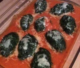 Spinat Gnocchi mit Tomatensosse (Spinatnocken)