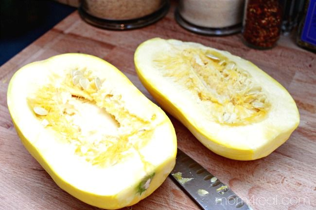 Parmesan Spaghetti Squash and Instructions on how to prepare spaghetti squash from mom4real.com