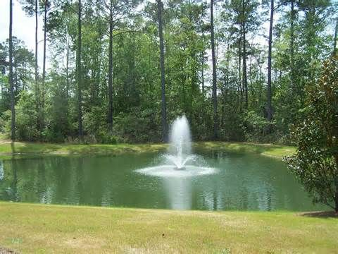 37 best pond and lake fountains from florida pond for Farm pond maintenance