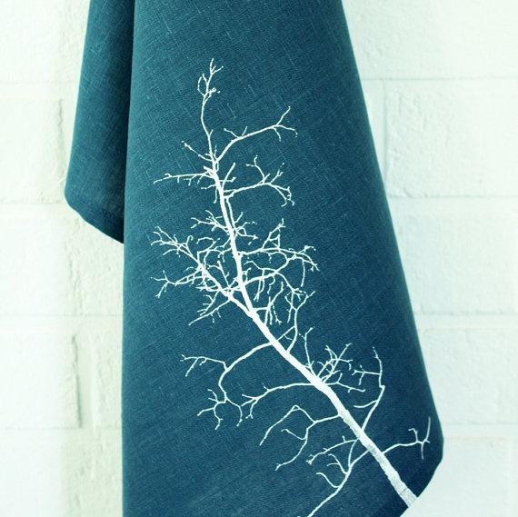 deep blue tree towel