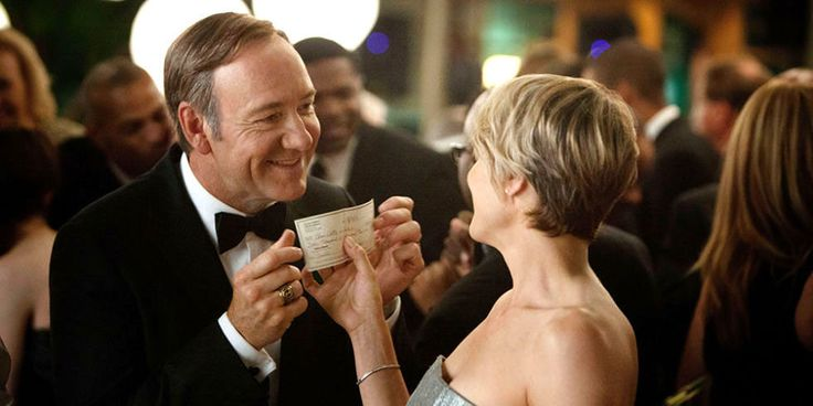 The 10 Types of 'House of Cards' Fans  - ELLE.com