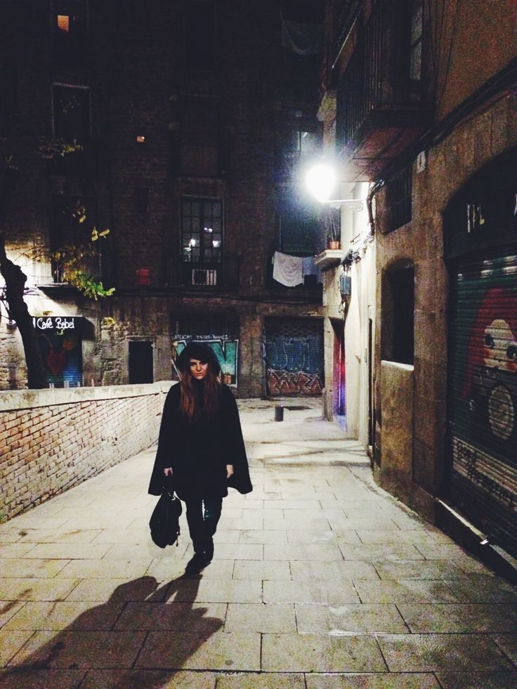 El Gótico by night #Barcelona