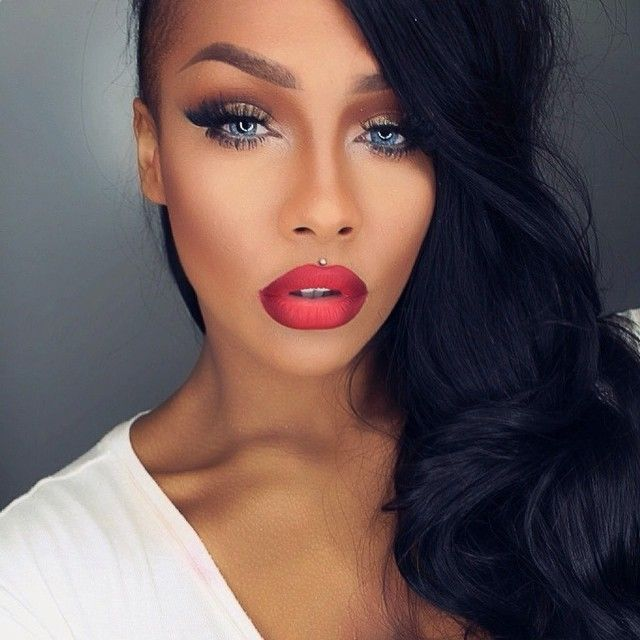 Sonjdra Deluxe Black Beauty Blue Eyes Red Ombre Lip Makeup MUA Flawless