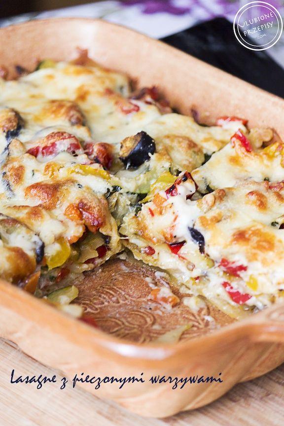 Lasagna z pieczonymi warzywami - brzmi pysznie, co? :)) Ojj i taka była. Świeża, lekka, aromatyczna... Polecam http://ulubioneprzepisy.com/2014/04/25/lasagne-z-pieczonymi-warzywami/ #lasagne #makaron #pasta #kuchniawloska