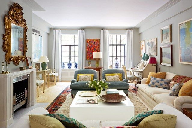 Art-Deco Living Room in Manhattan - Living Room Design Ideas & Pictures. Get inspired by all our living room design ideas, including Anne Dubbs's art-deco scheme using antique fabrics