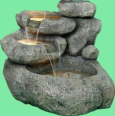 Fuente de agua en piedra