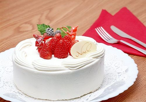 Narsaria's is delighted to deliver a wide range of superior products deliberated for foodservice professionals and bakery customers. Non dairy whip cream is one of them. add exuberance to your food with the whip cream.