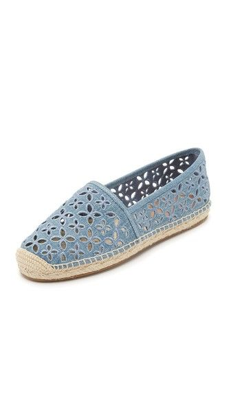 25 best ideas about michael kors espadrilles on pinterest michael kors schuhe espadrillekeil. Black Bedroom Furniture Sets. Home Design Ideas