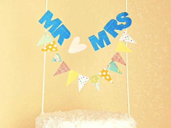 Customized Mr and Mrs Sentiment Bunting Cake Topper Decoration / Vintage Circus Style on Etsy, €13.60