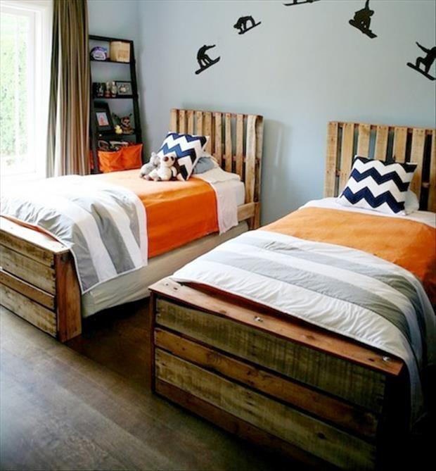 bedroom pallets