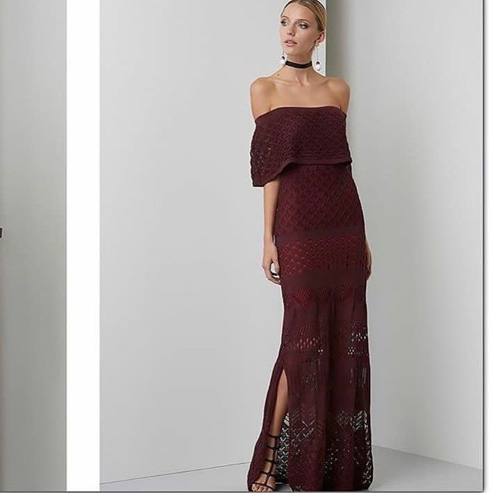 Joanna's maxi off shoulders in burgundy features a knitted look-alike pattern and ruffled front accent. The perfect piece to hit the red carpet or attend a wedding. SHOP ONLINE LINK IN BIO.                                               . . #parlerlamode #maxidress #thesix #onlineboutique #boutique #toronto #toronto_insta #trends #musthave #offshoulderdress #outfit #ootd #instagood #instadaily #luxurious #luxurybrand #happy #girl