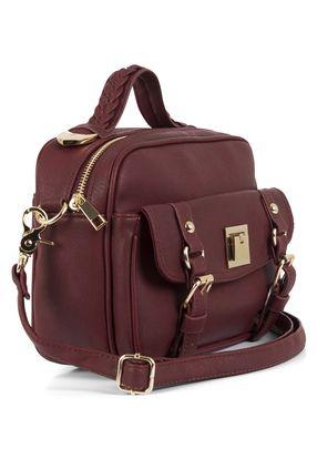 Vinröd väska, 399:-