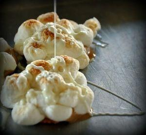 arašídové máslo marshmallow zachází!  by shaena.humbird