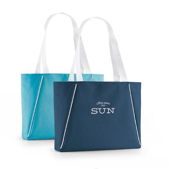 Plaj modasına yön vermek isteyen markanıza özel mikrofiber plaj çantası tasarlayabilir, müşterilerinize hediye edebilirsiniz.