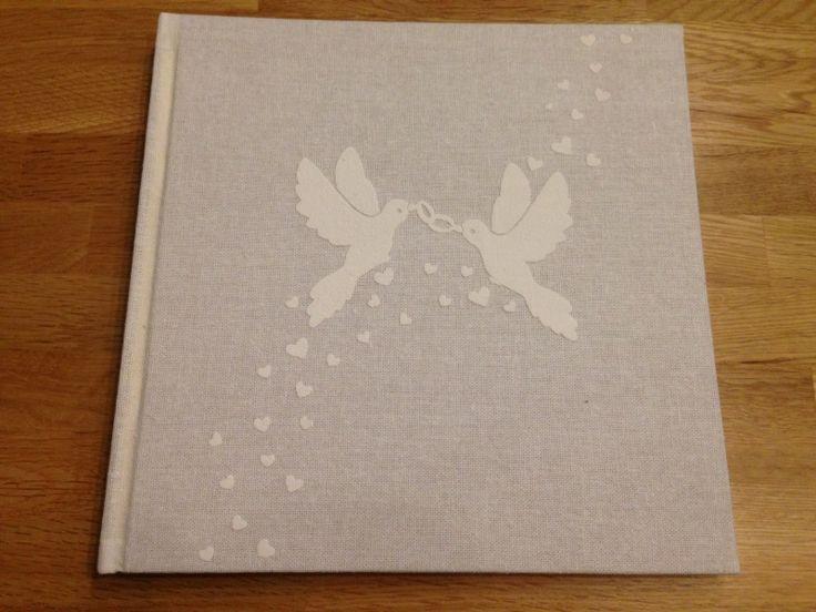 receptieboek met duif duiven hart