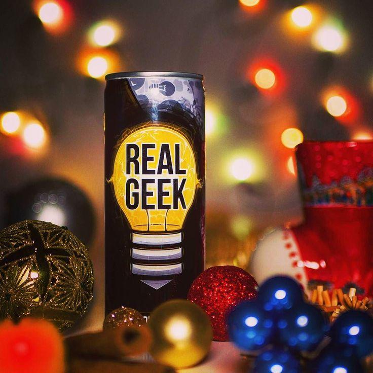 Přejeme všem krásné vánoce a užijte si svátky tak jak budete chtít  . . . #veselevanoce #vanoce #svatky #realgeek #energy #pohoda #uzivejte