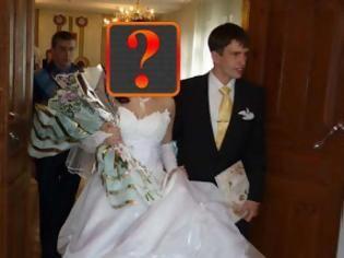 Φωτογραφία για Η νύφη έλαμπε από ομορφιά, αλλά ο γαμπρός λιποθύμησε την πρώτη νύχτα γάμου όταν είδε αυτό!
