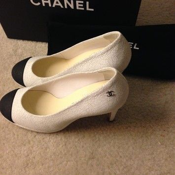 Chanel 2015 Black Leather Cc High Heel Size 38 WHITE Pumps. Get the must-have pumps of this season! These Chanel 2015 Black Leather Cc High Heel Size 38 WHITE Pumps are a top 10 member favorite on Tradesy. Save on yours before they're sold out!
