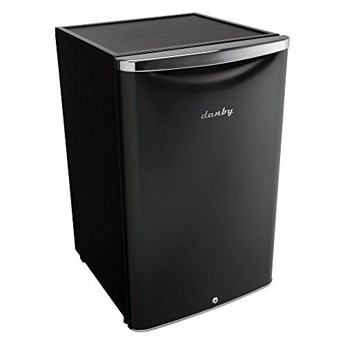 Danby Contemporary Classic Compact All Refrigerator Dimensions: 20.75W x 21.3D x 33.25H in. 4.4 cubic feet Automatic defrost https://homeandgarden.boutiquecloset.com/product/danby-contemporary-classic-compact-all-refrigerator/