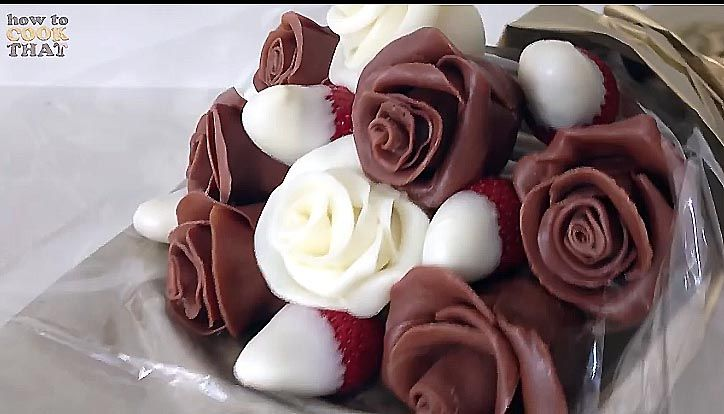 how to make modeling chocolate roses
