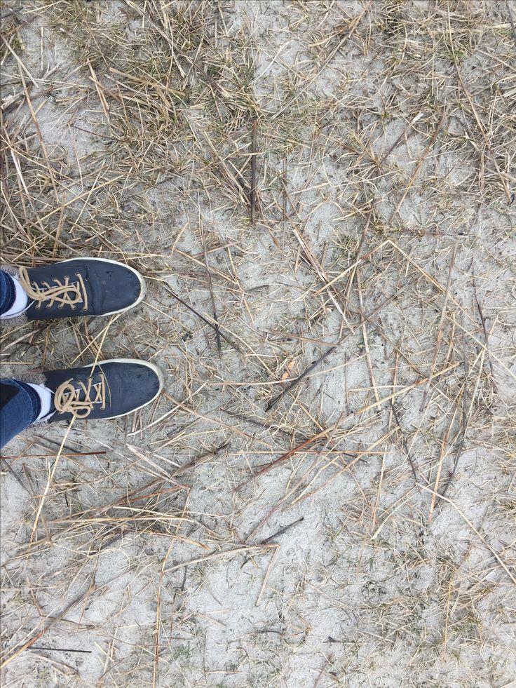 Fötter vid havet