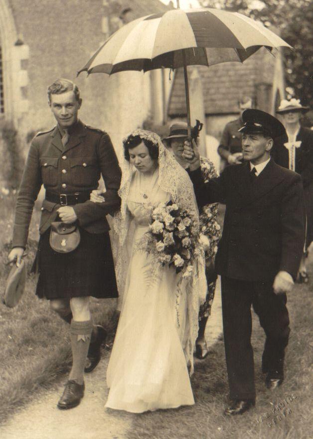 Ian Molteno and Margot Pigot's wedding, Scotland, May 1940