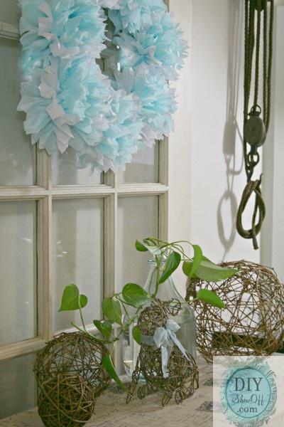 tissue paper pouf wreath tutorial - via DIY Showoff