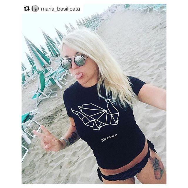 ✌ T-shirt: @dshirt14 | #grazie  #me #selfie #blonde #girl #photooftheday #photo #picoftheday #fashion #fashionista #fashiondiaries #de_sign_ed_shirt #designedshirt #fashionstyle #fashionblogger #dragons #drago #dragon #gamesofthrones #origami #dragonorigami