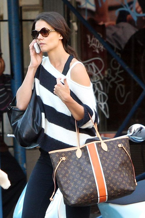 Kate Holmes carries a Louis Vuitton Mon Monogram Neverfull Tote in NYC (4)