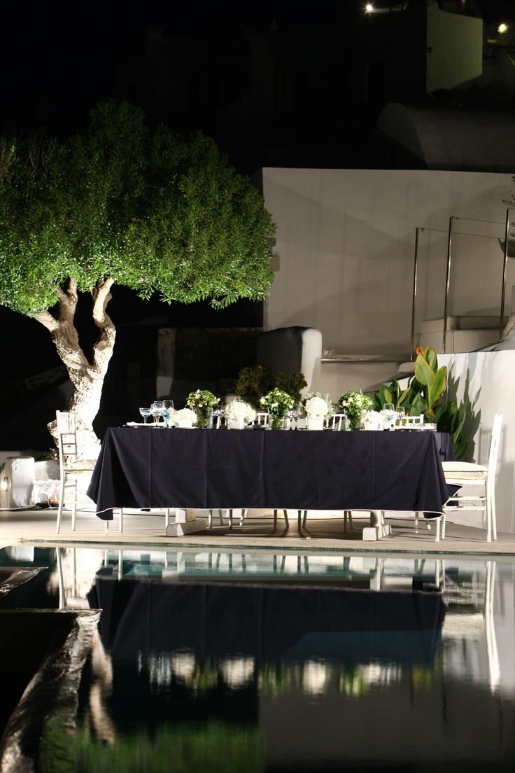 Your wedding reception at the luxurious resort Kirini Spa and Suites! A member of Relais & Châteaux in Oia Santorini. http://www.stellaandmoscha.com/signature-hotels/signature-hotels/