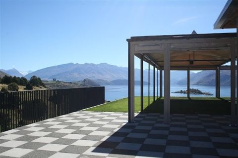 Stunning views and a wipe open space - a blank canvas to decorate to your own theme!