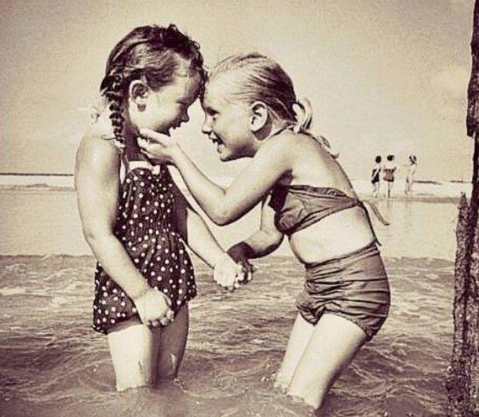 Best of friends! #traveltheworld #slinks #bestfriends