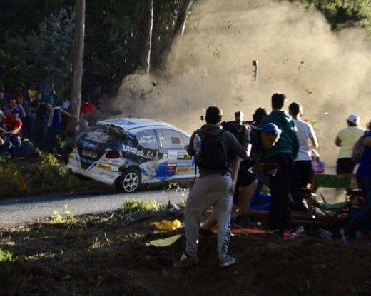 Tραγωδία με 6 νεκρούς στην Ισπανία - Αγωνιστικό αυτοκίνητο έπεσε πάνω σε θεατές αγώνων ράλι