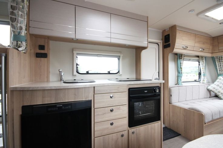 Elddis Xplore 586 2016 Model Internal